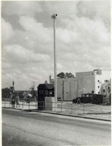 Air raid siren in Westwood Lane c1940